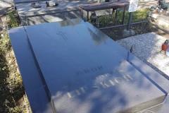 uczniowie-pomoc-cmentarz-zm-7